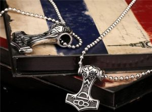 Nordic Viking thors hammer necklace pendant