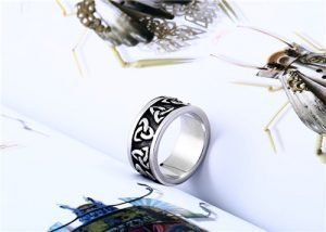 Stainless steel Celtic knot ring
