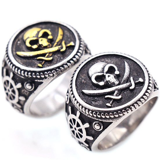 Pirate Skull and Crossbones Ring