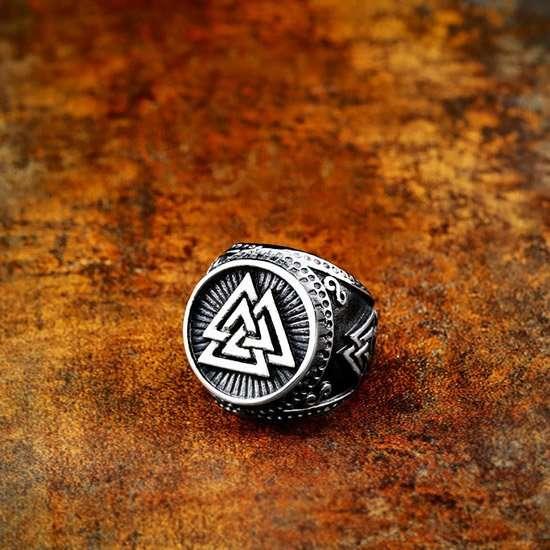 Viking Valknut symbol jewelry ring